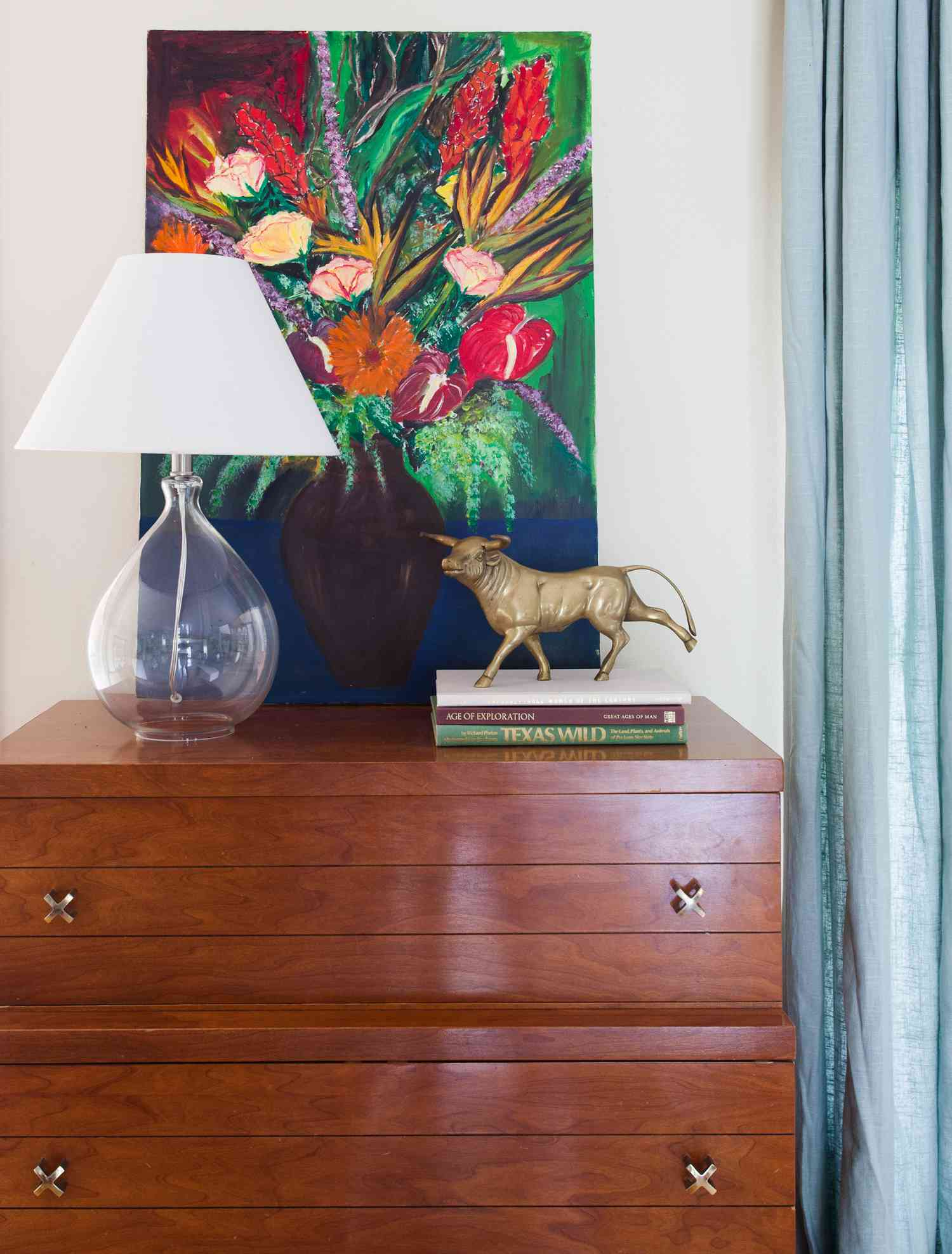 tips for fall decorating: create a vignette