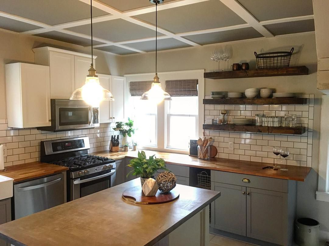 Kitchen with gray walls