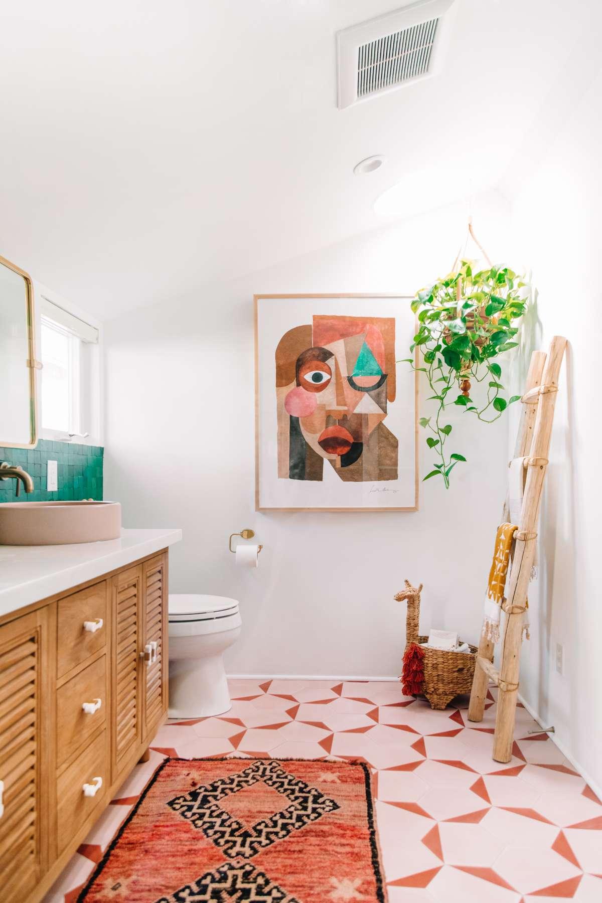 bathroom wall art