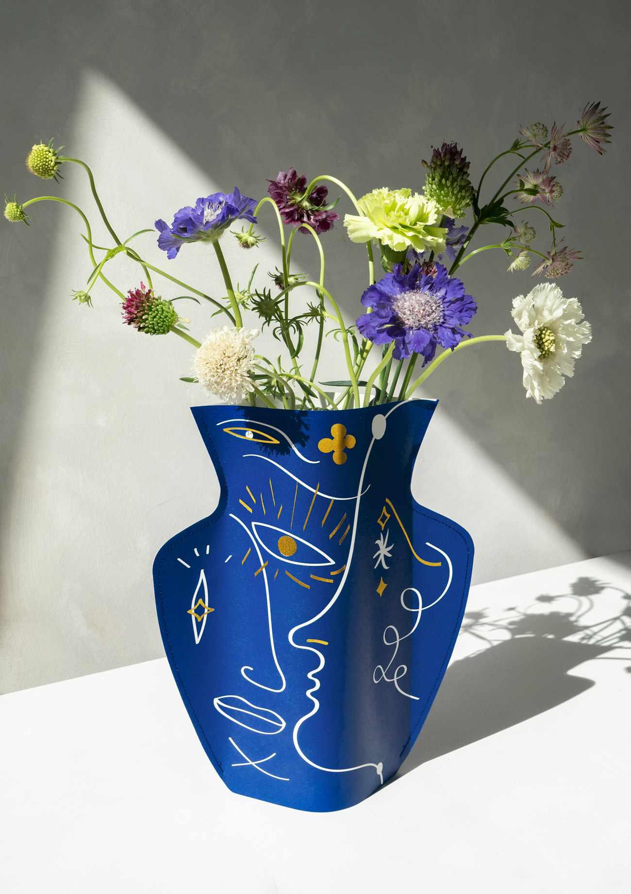 Octaevo Jaime Hayon Paper Vase