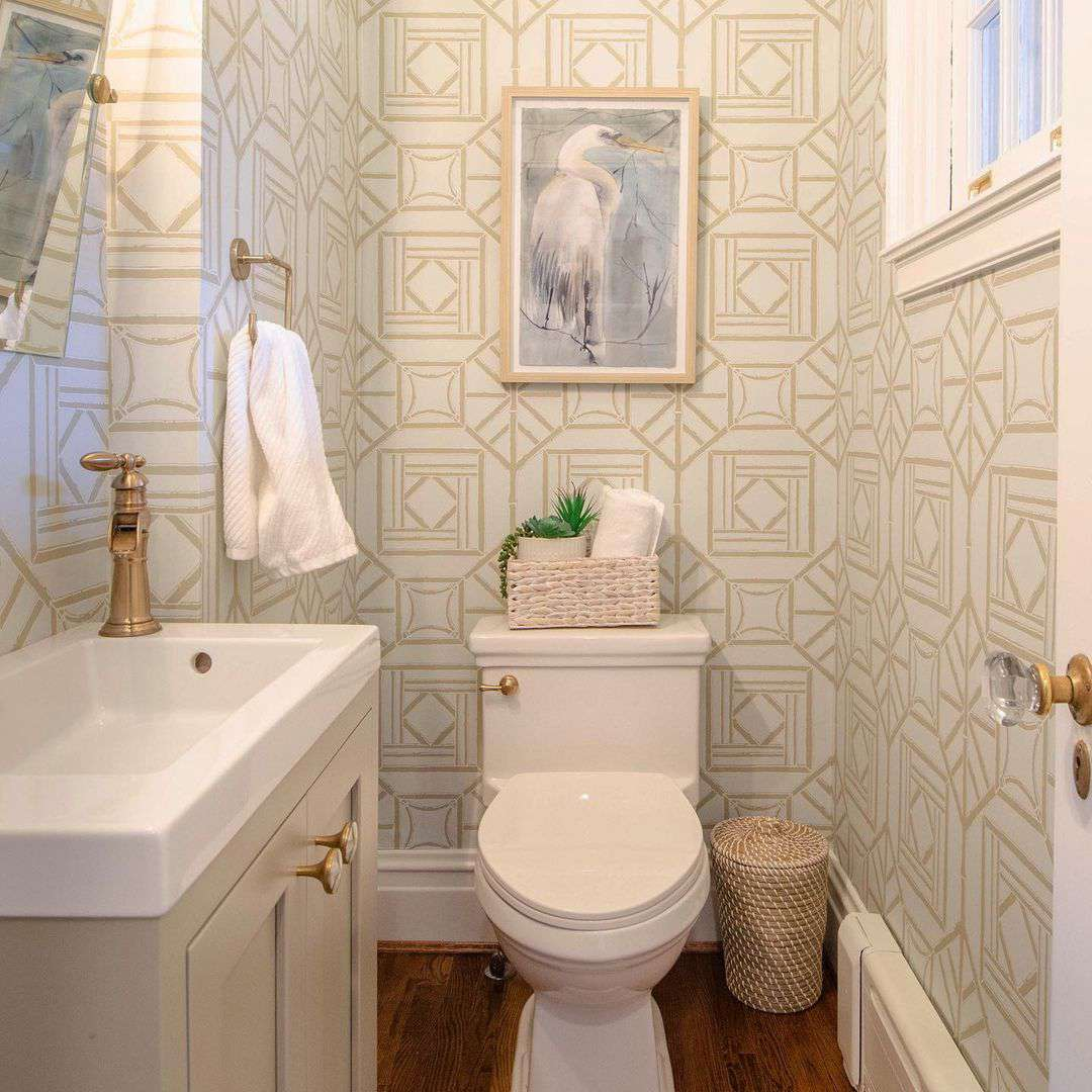Bathroom painted gray