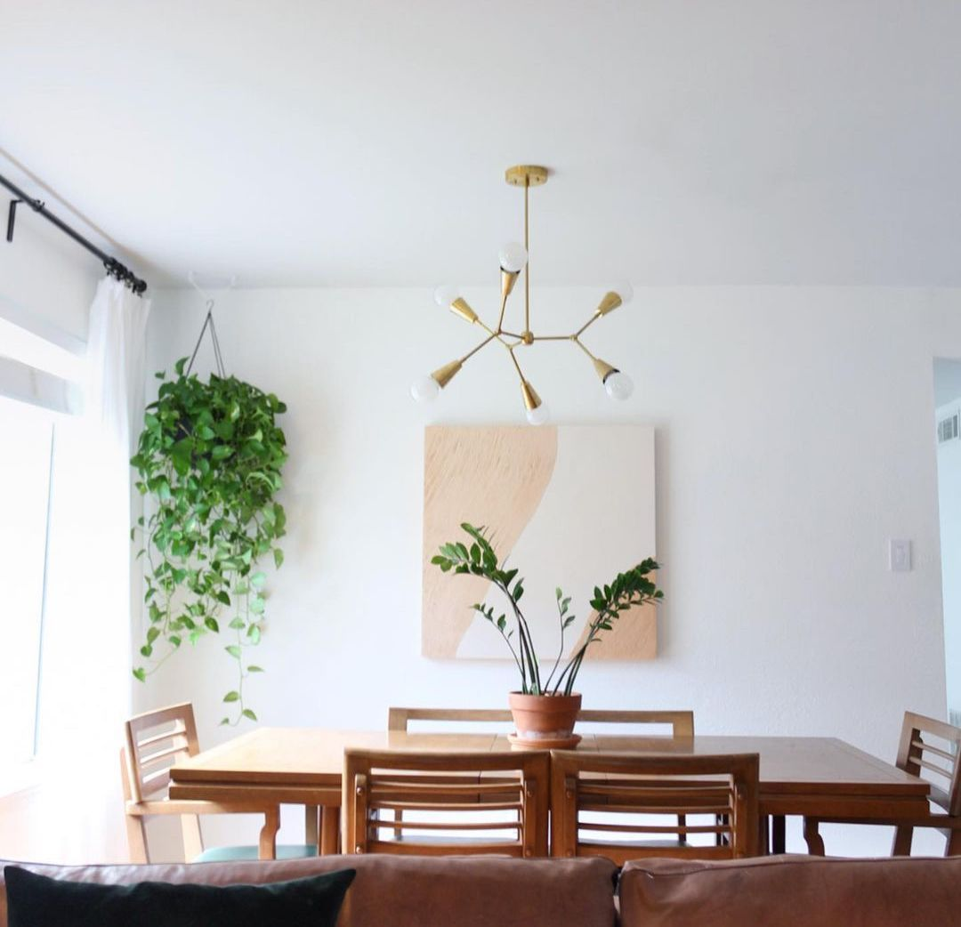 Canvas in dining room