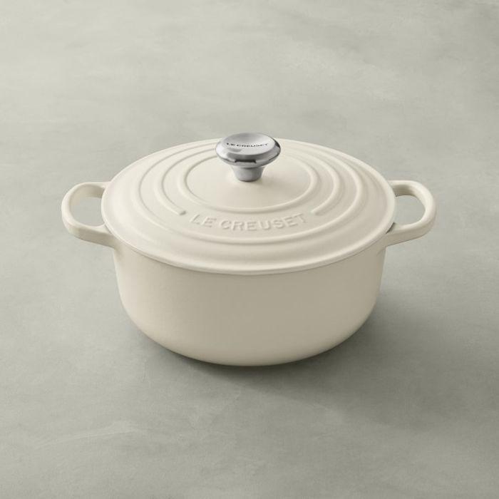 Williams Sonoma Le Creuset Signature Cast-Iron Round Dutch Oven—Pasta e fagioli recipes