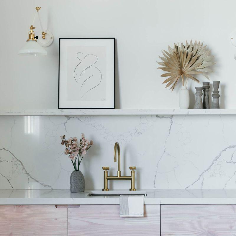 Pink modern kitchen