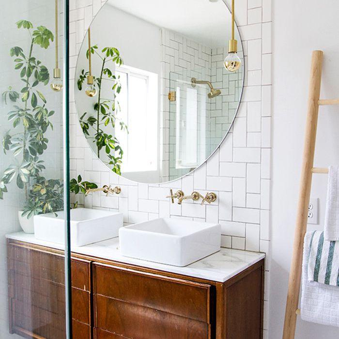 15 Tiled Bathrooms That Make A Striking Statement