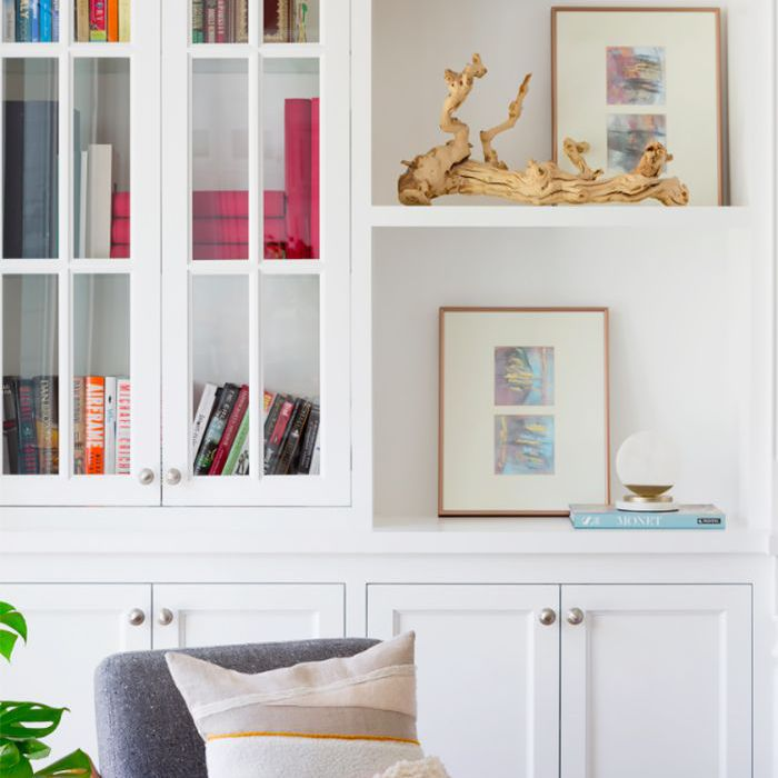 Built-ins with open shelves and art display