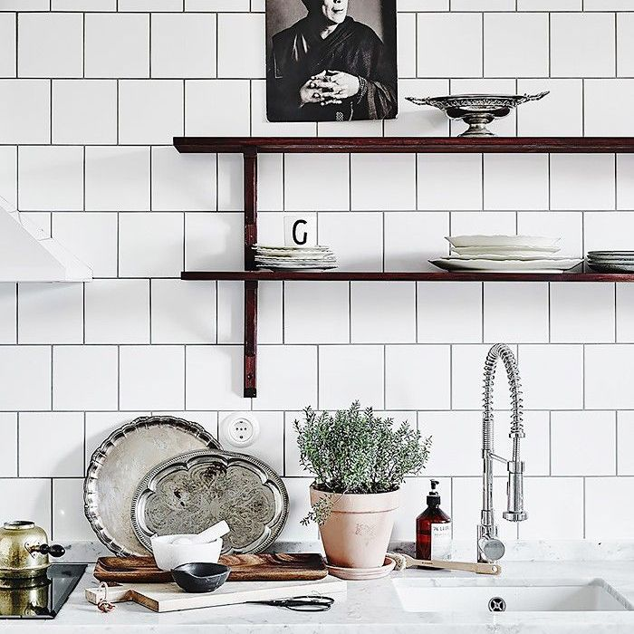 12 Times When Square Subway Tiles Made The Room