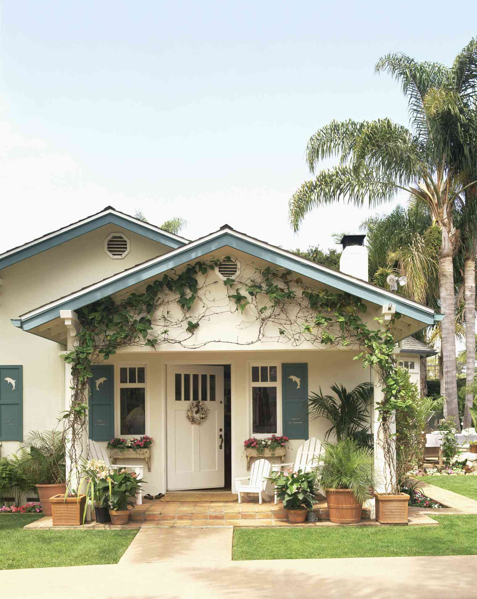 most popular home styles - bungalow style home in california