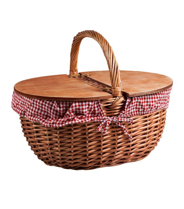Country Wicker Picnic Basket