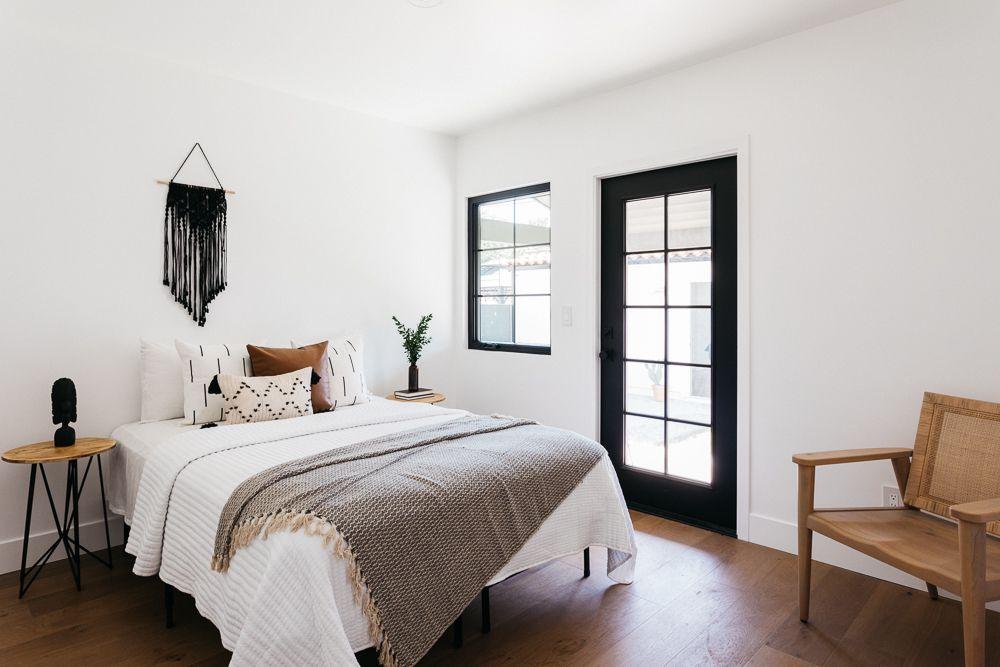 Black and white bachelor bedroom