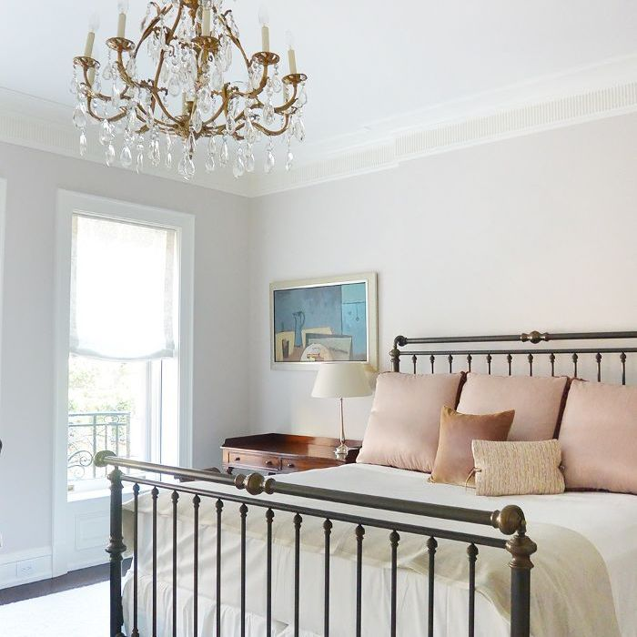 Peaceful Bedroom Colors And Decorating Ideas: 11 Of The Best Bedroom Paint Color Ideas Every Pro Uses