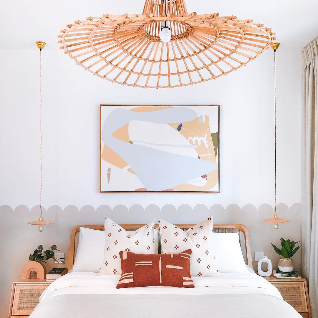 Boho bedroom with light taupe scallop half wall