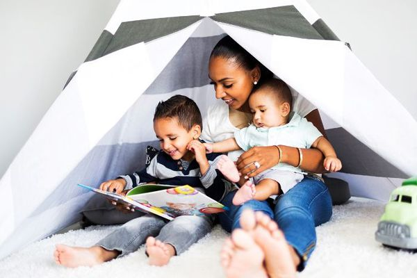 a5091251f 8 Books to Read If You're a New Mom, According to Other Moms Who've Been  There ·