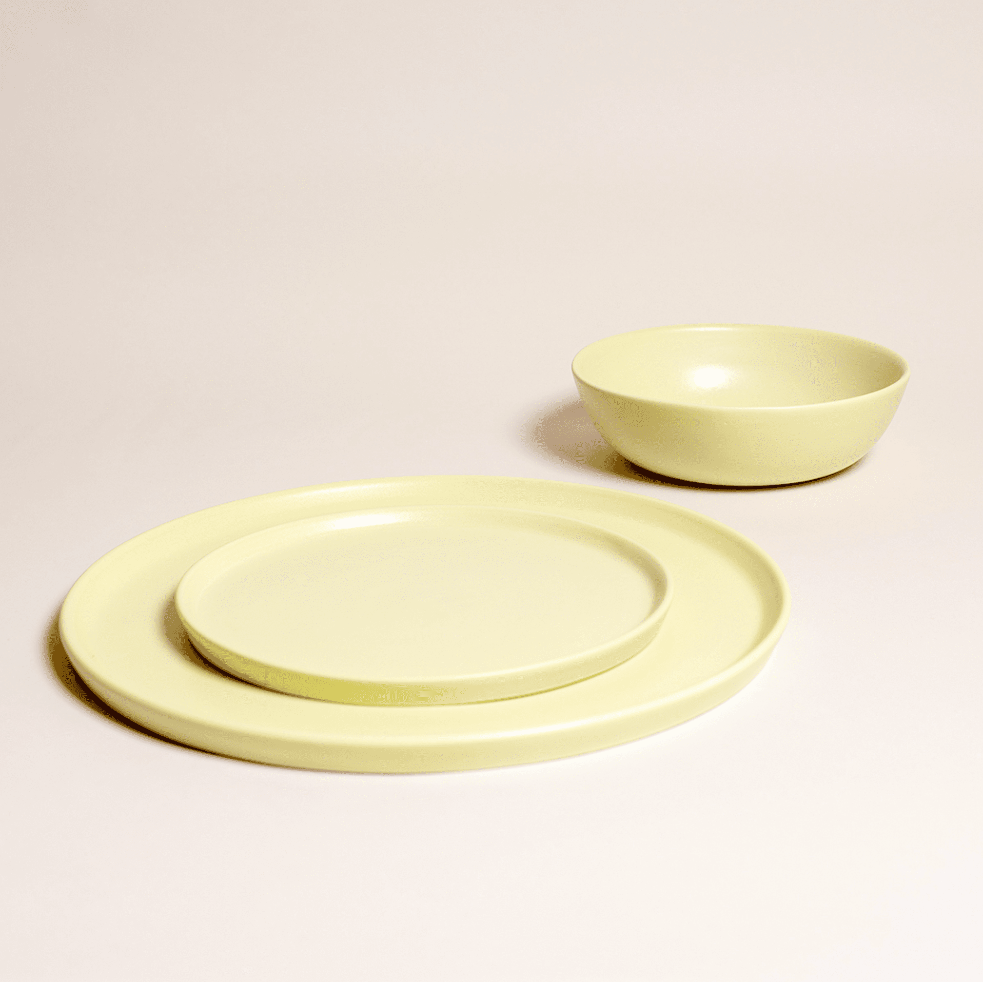 Simple dining set