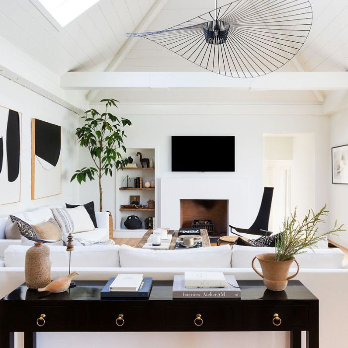 Home Design Ideas Instagram: Our Editors Share 20 Interior Designers To Follow On