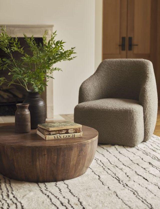 Tobi Chair