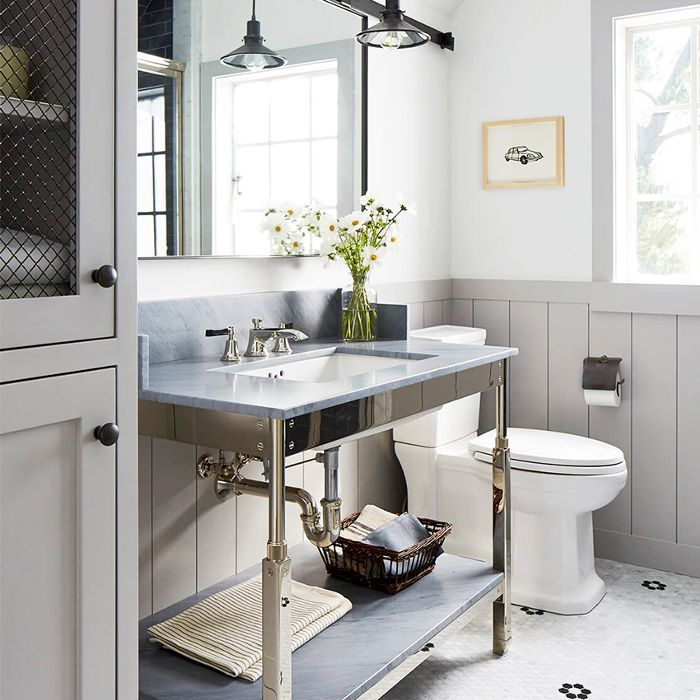 Now This Is How to Decorate a Small Bathroom
