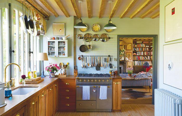 Amanda Brooks Kitchen, Farm From Home
