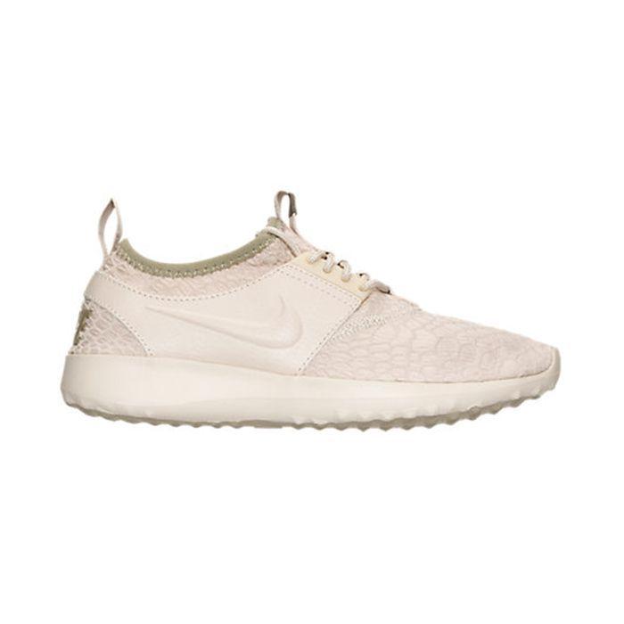 Nike Juvenate SE Casual Shoes
