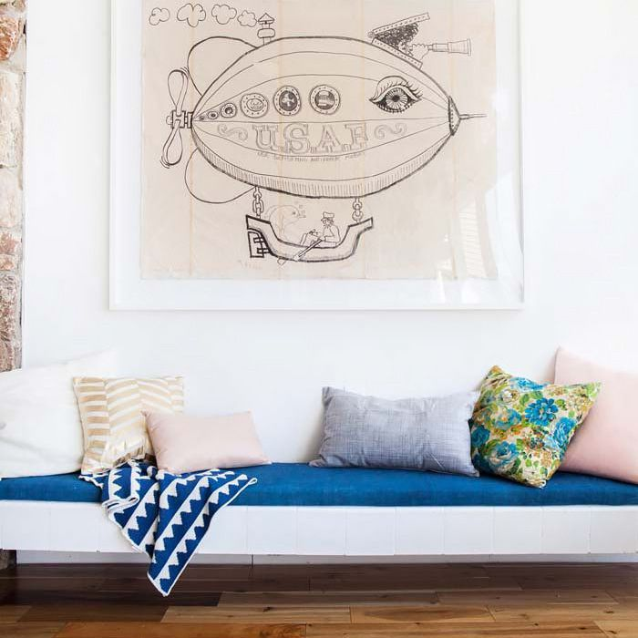 How to Style Throw Pillows on a Sofa