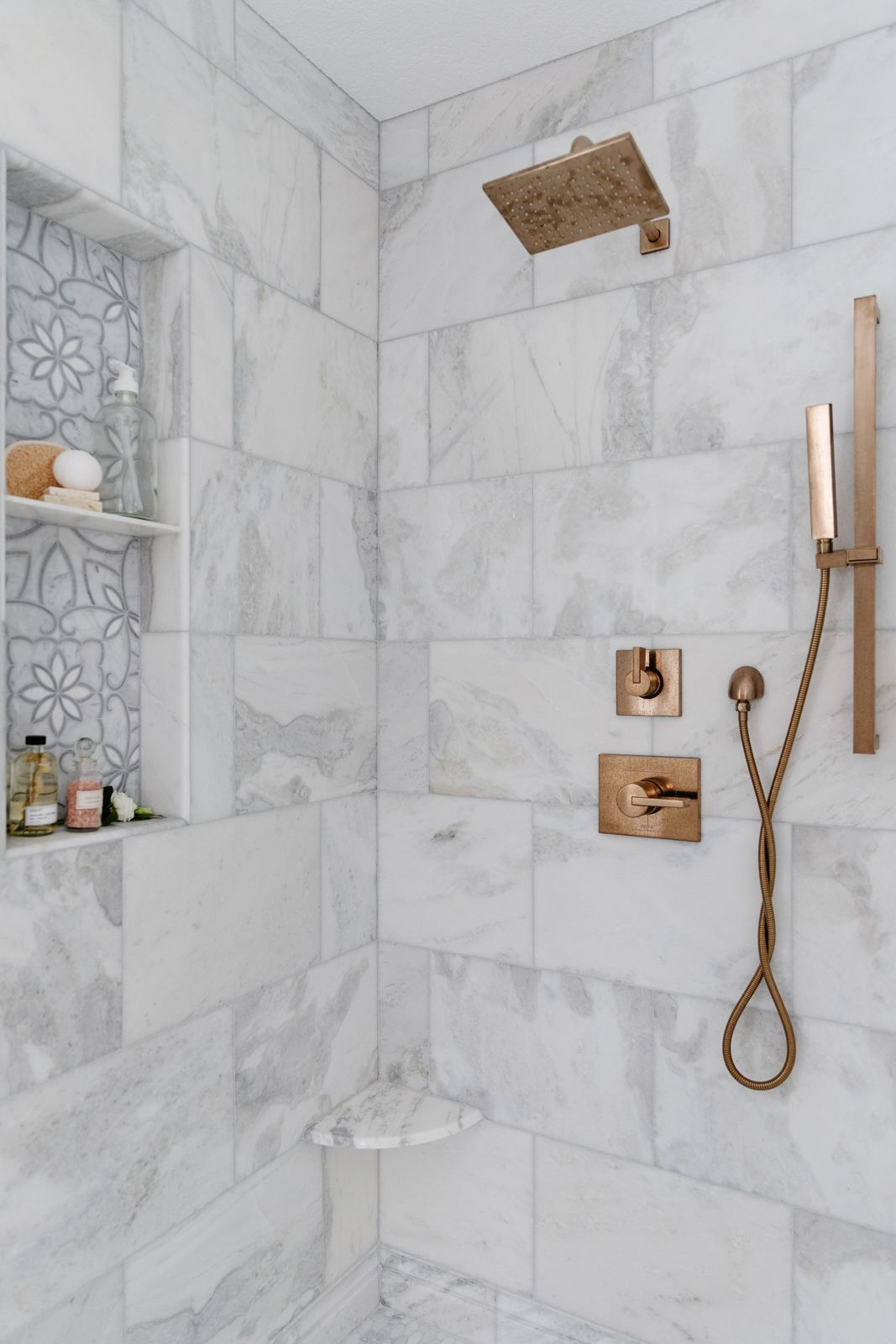 Modern bathroom with square shower fixture.