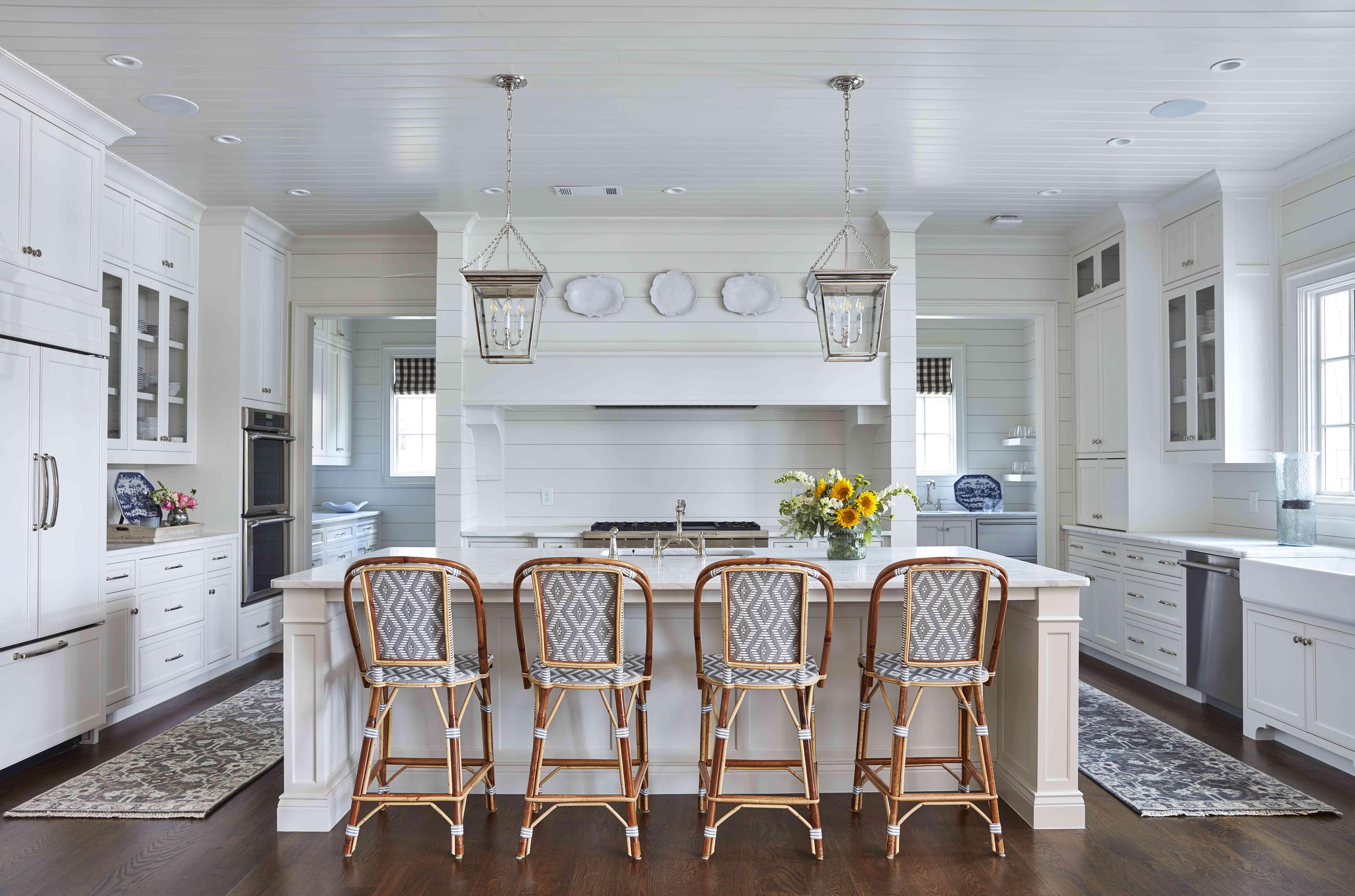 Kitchen with farmhouse details