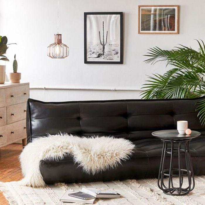 Living Room Décor