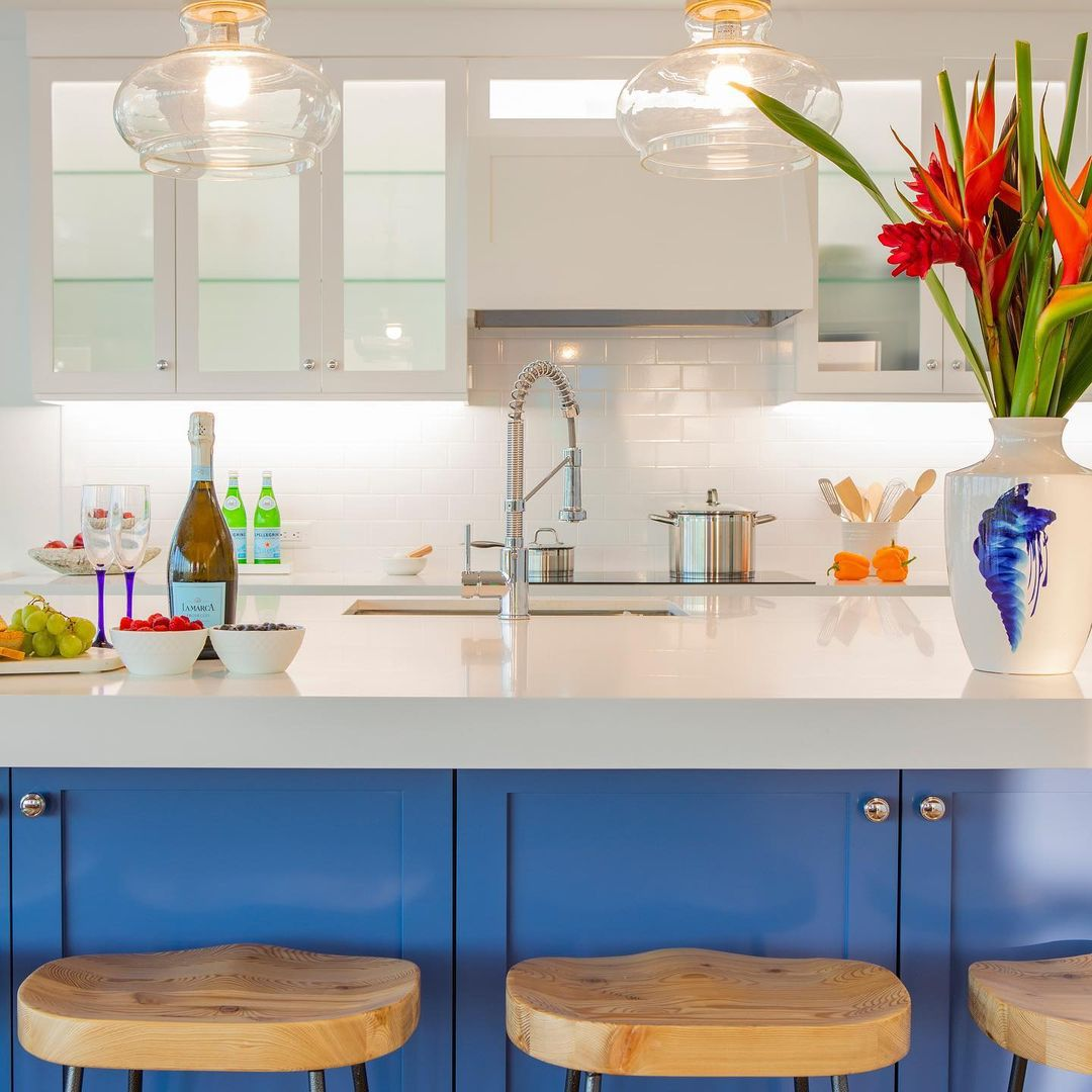 Kitchen with blue paint