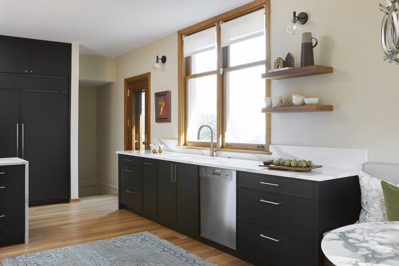 Kitchen bar area with dishwasher.