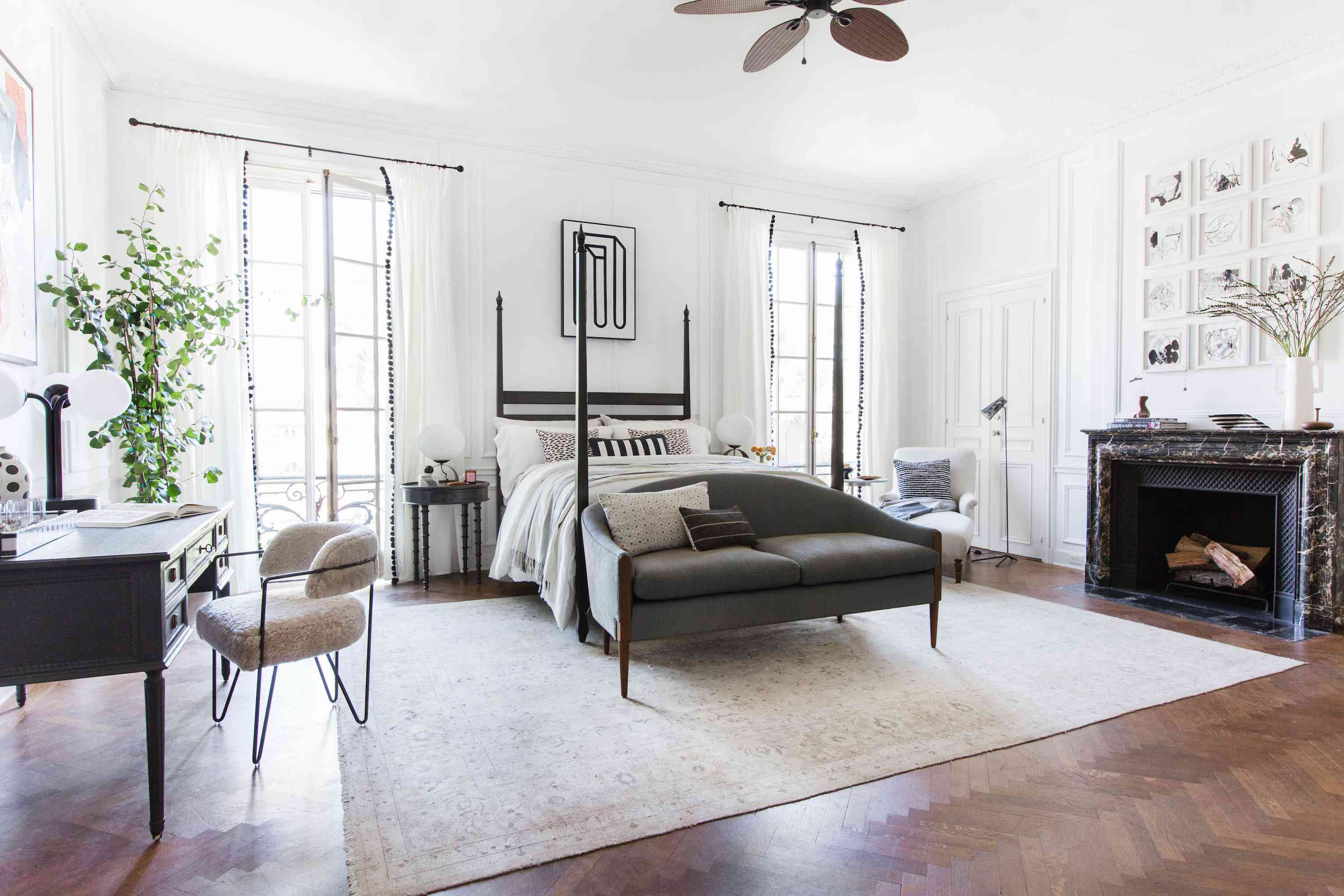 how to clean rugs - large white area rug in modern bedroom