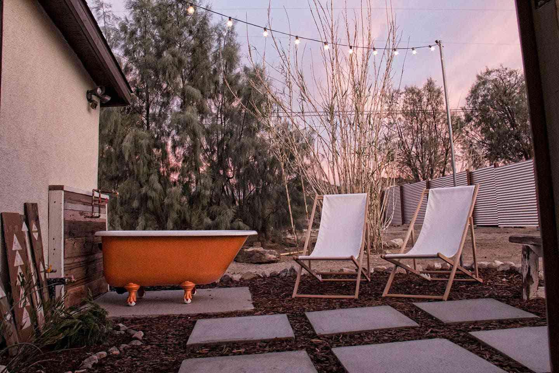 joshua tree airbnb bañera exterior
