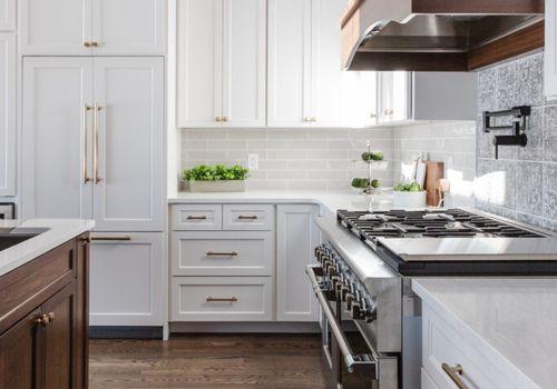 hardwood floor refinishing kitchen