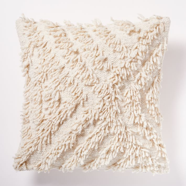 Shaggy Waves Pillow Cover