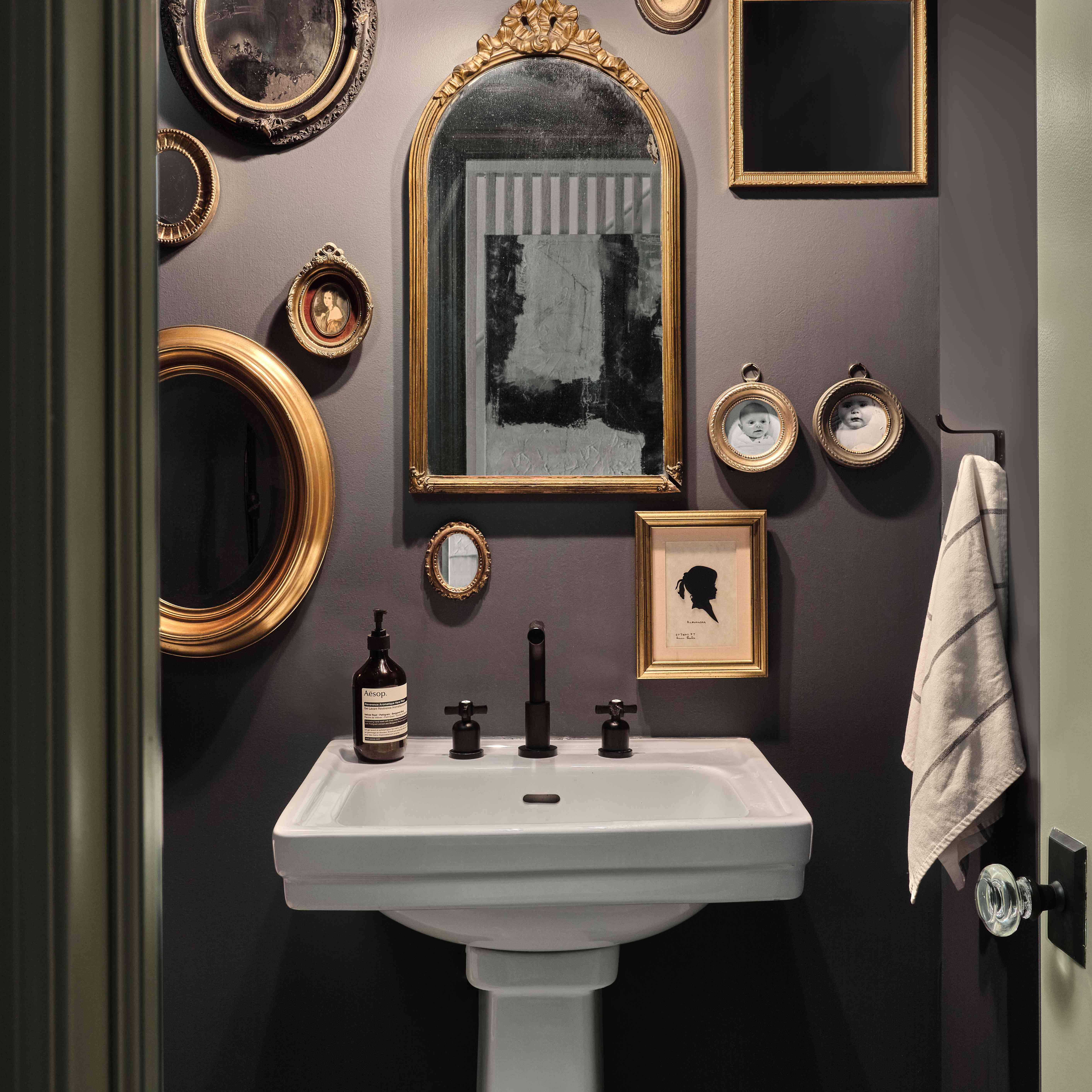 Small Bathroom Ideas To Make Your Space, Small Bathroom Pictures Gallery
