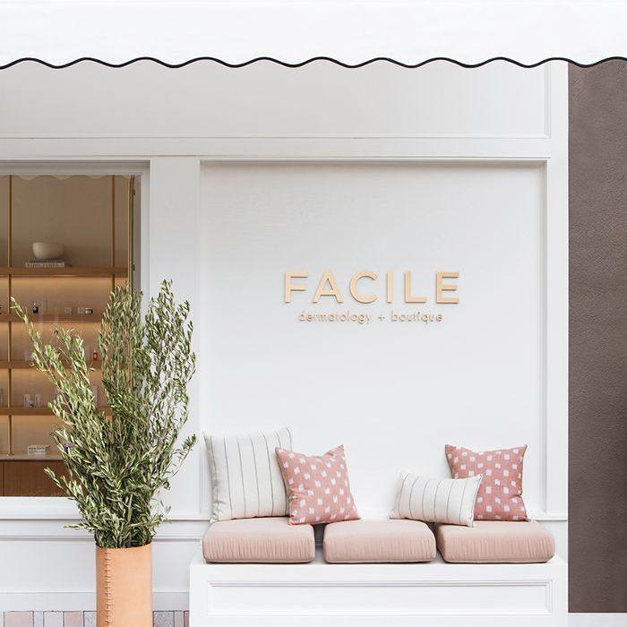 skincare studio—Facile