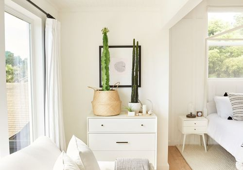 tiny house bedroom