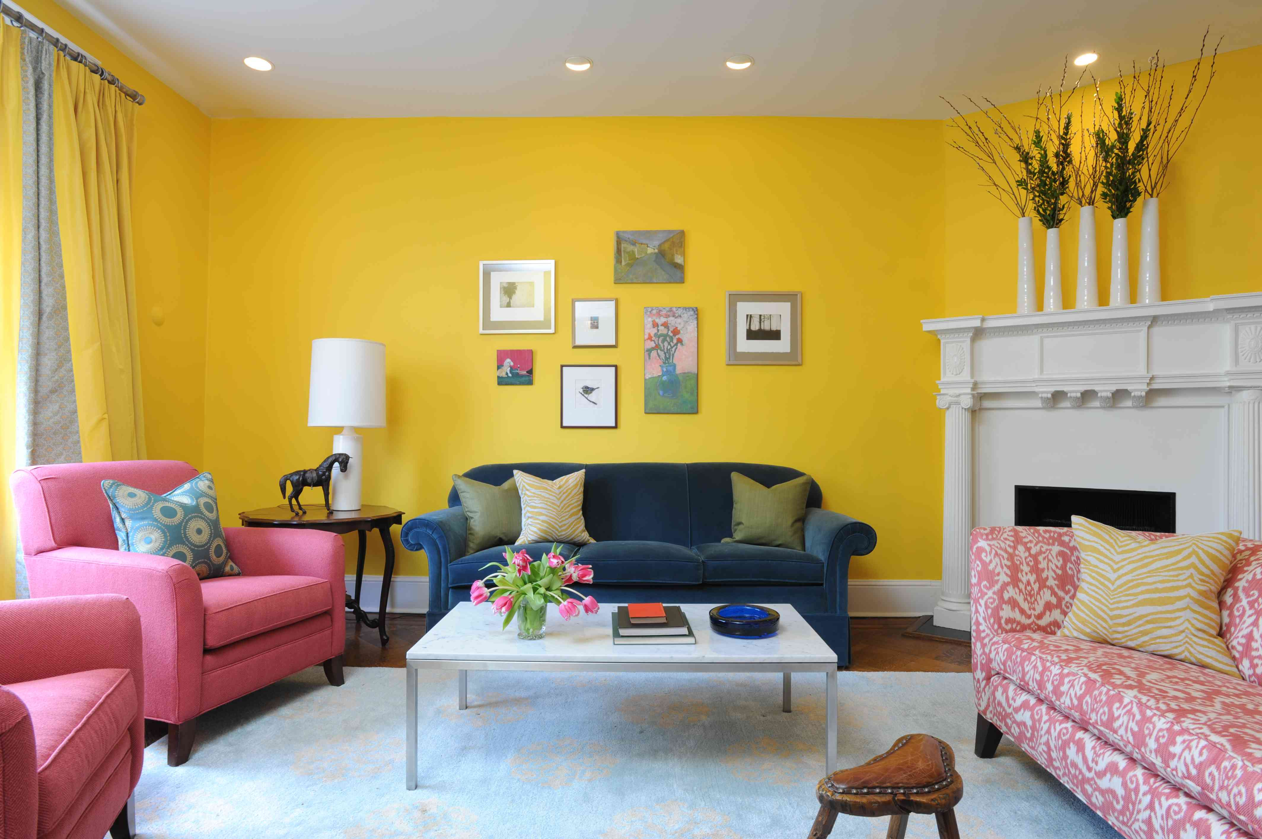 yellow living room deocr