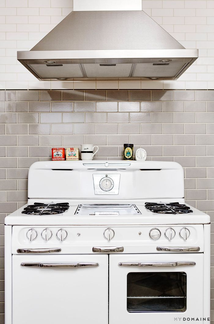 Vintage stove in new kitchen