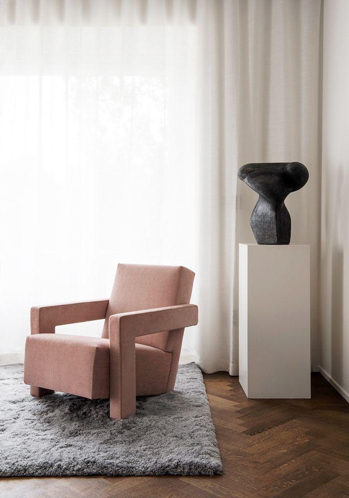 a minimalism living room