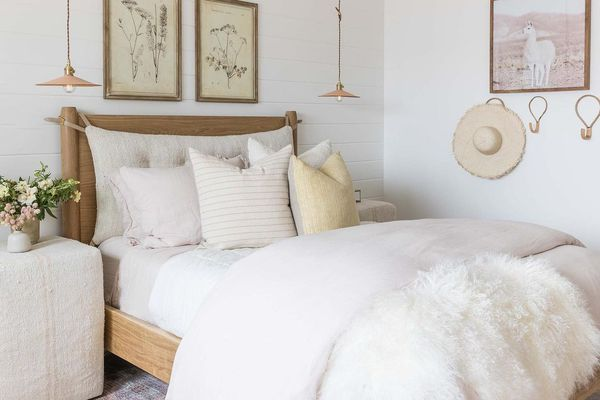Bedroom with hanging lights