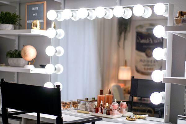 vanity mirror glam room