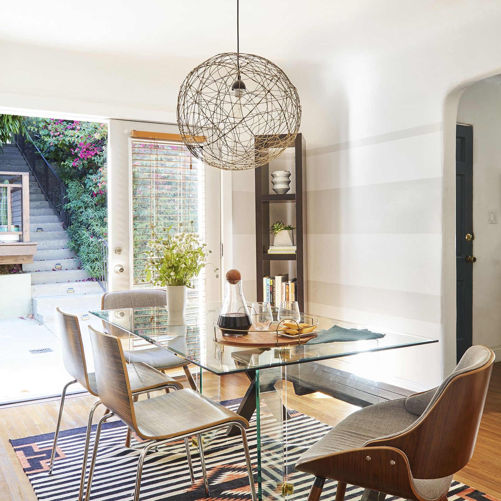20 Small Dining Rooms That Make The Most Out Of Limited Space