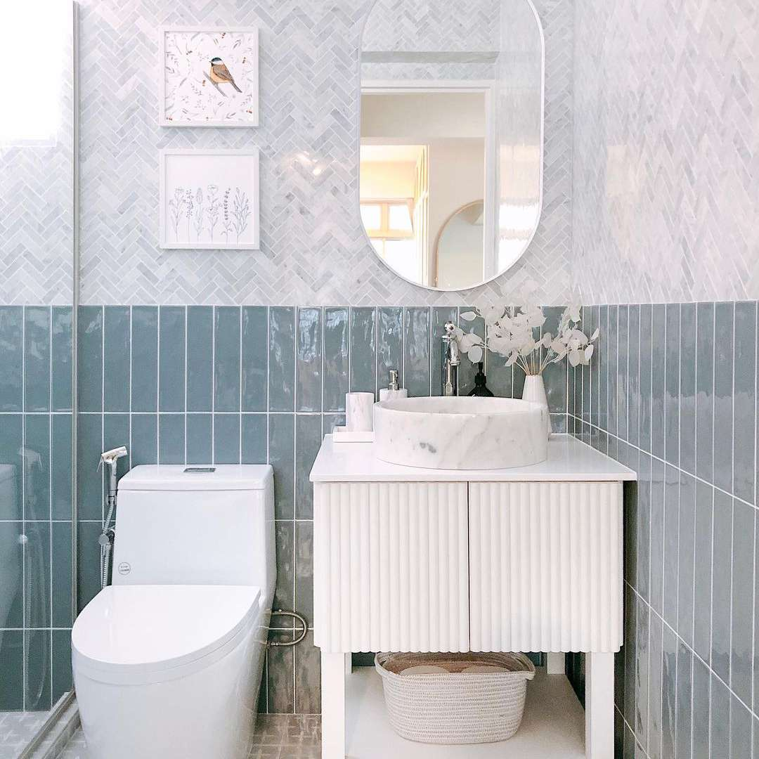 Aqua tile bathroom