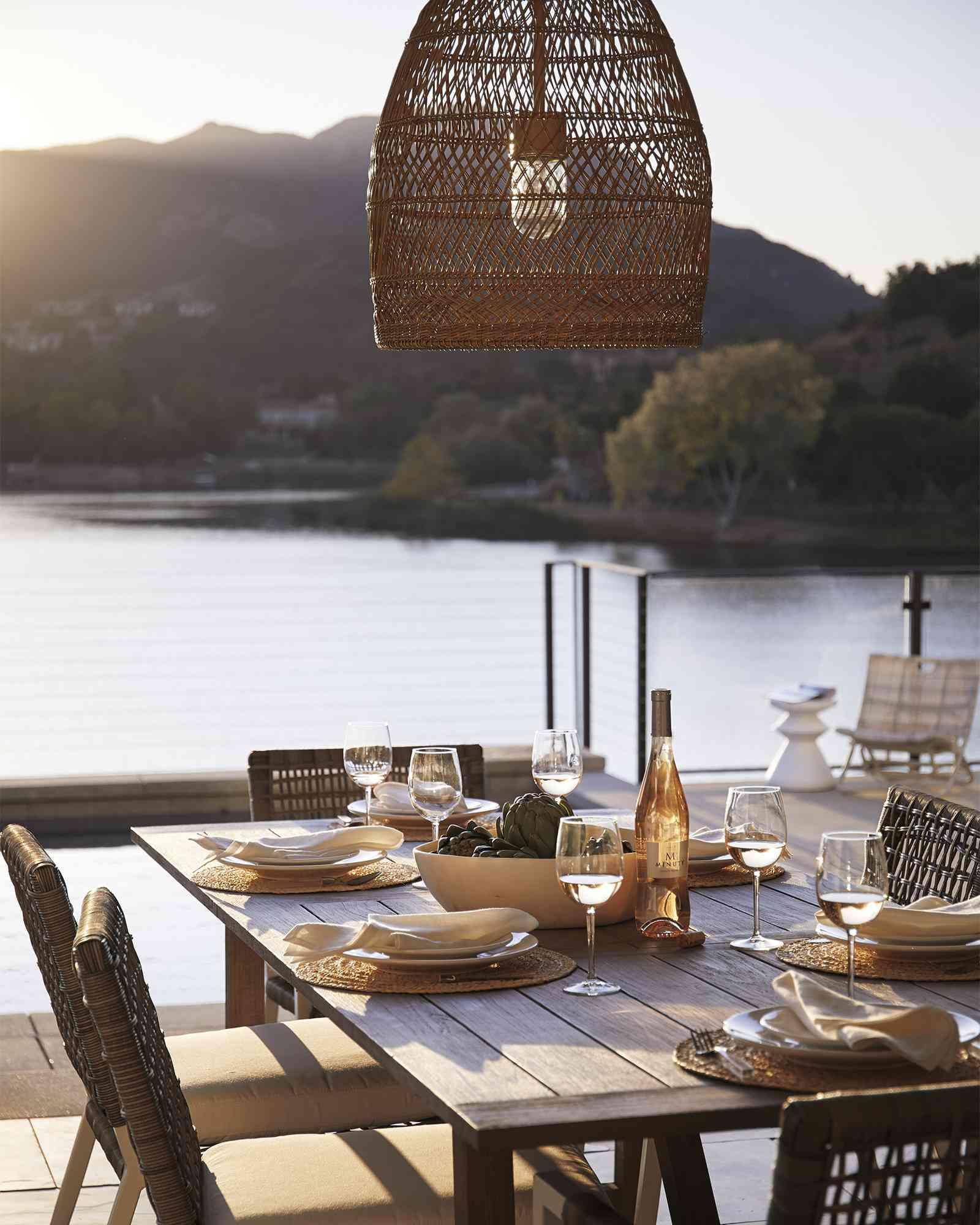 outdoor wicker pendant light