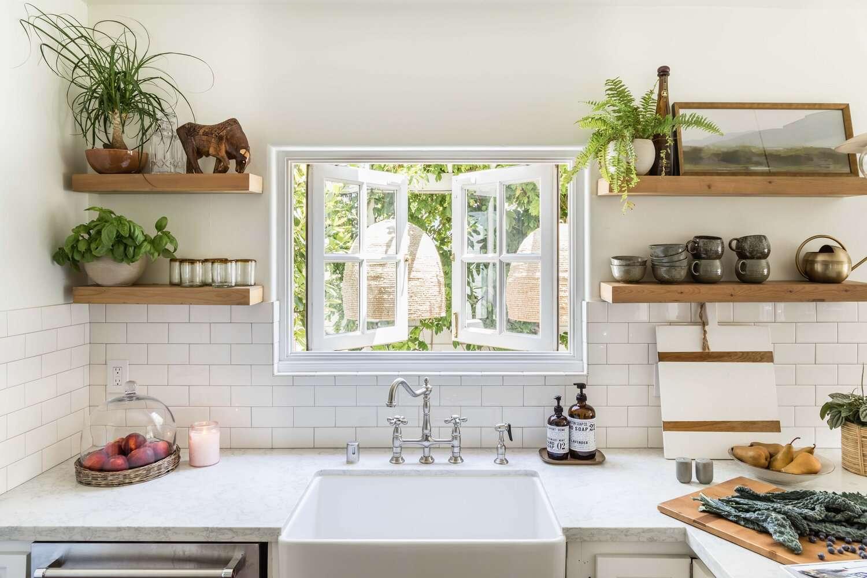 white kitchen paint tips