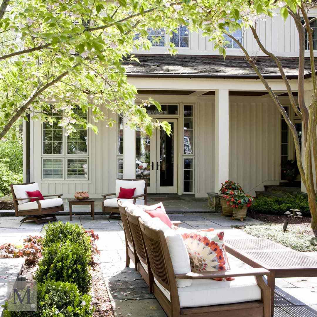 Outdoor space with pink pillows