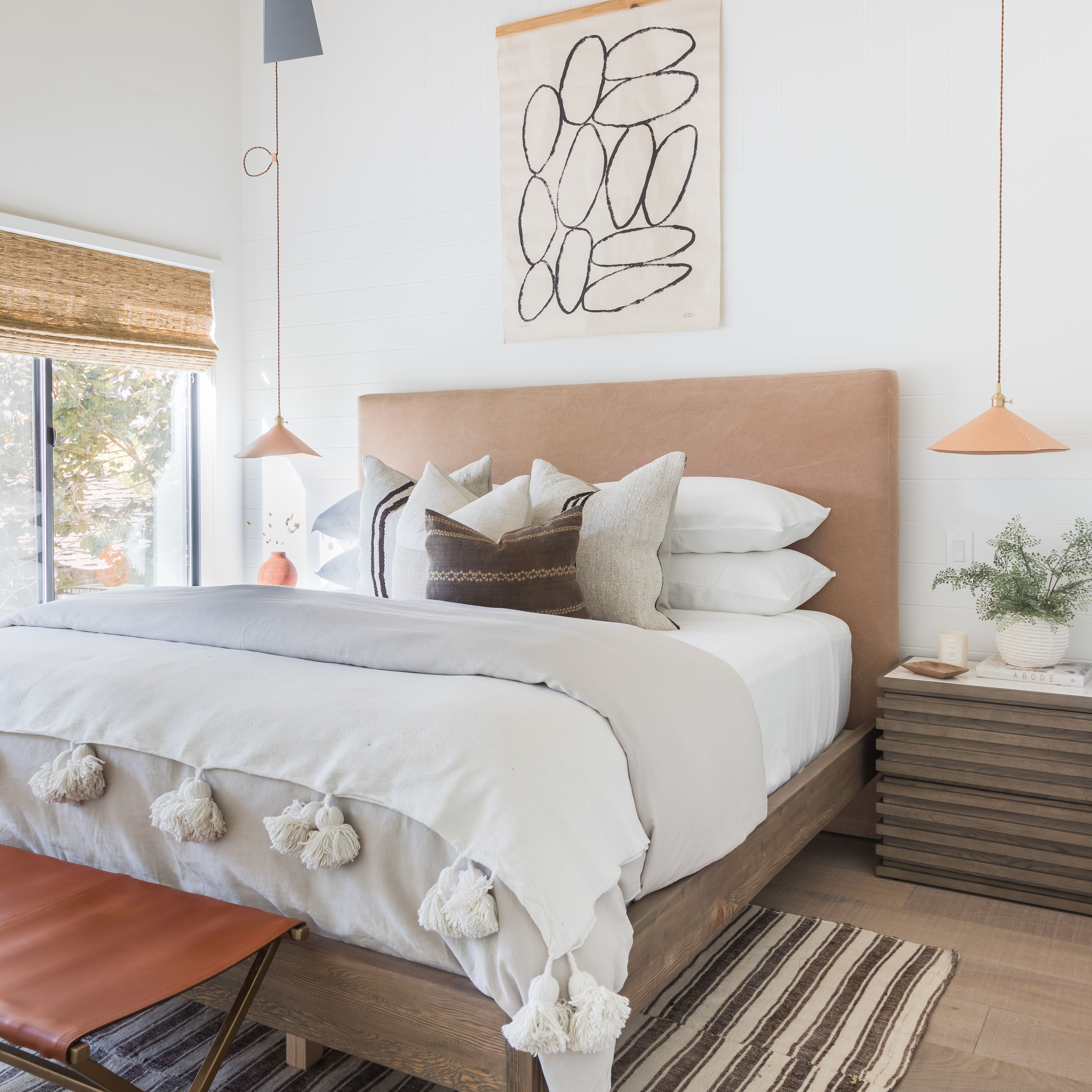 12 Bedroom Wall Decor Ideas to Elevate Your Space