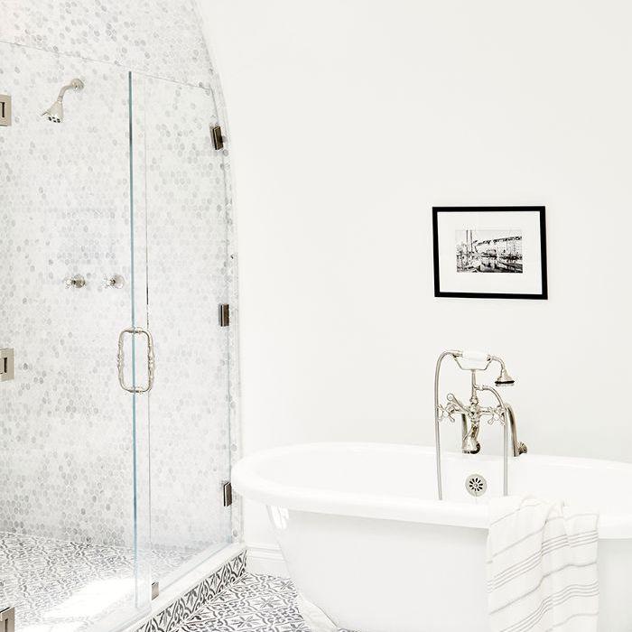 Anine Bing Home Tour - Baño principal