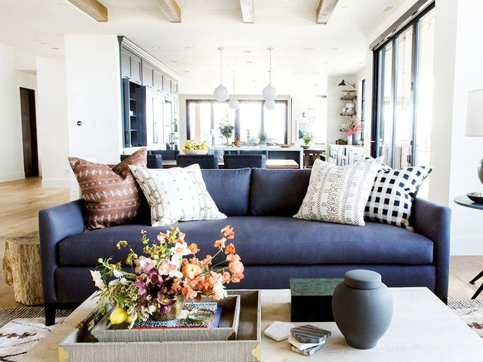 Living Room Ideas — Budget Décor