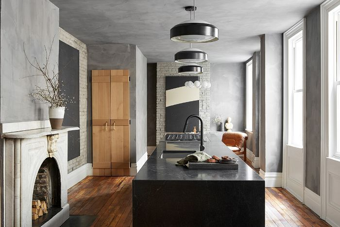 Hgtv Star Leanne Ford Swed Her White Paintbrush For Gray In This Kitchen Reno